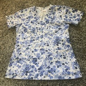 Tops - Blue floral scrub top